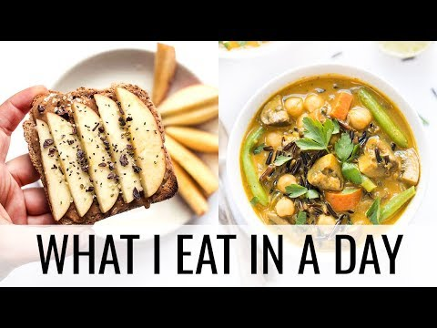 44. WHAT I EAT IN A DAY | super easy vegan meals