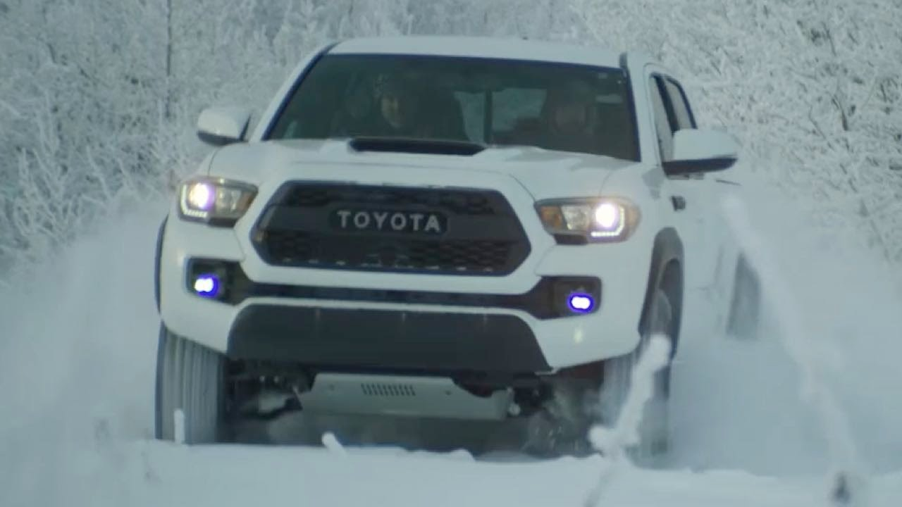 2017 toyota tacoma trd pro playing in the snow youtube. Black Bedroom Furniture Sets. Home Design Ideas