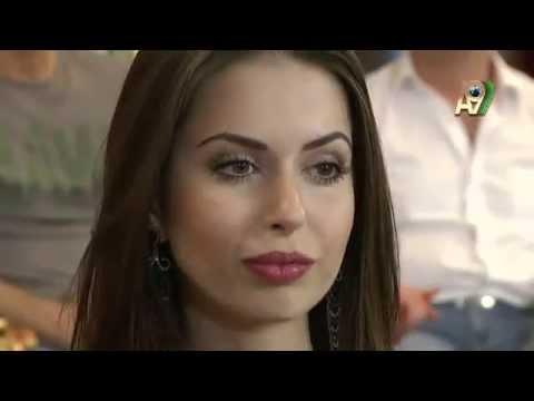Adnan Oktar'ı ayağa kaldırıp yanaklarından öptü! - YouTube