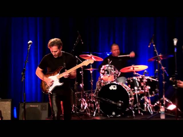 "Dave Fields ""Better Be Good"" live at The Long Island Blues Warehouse"