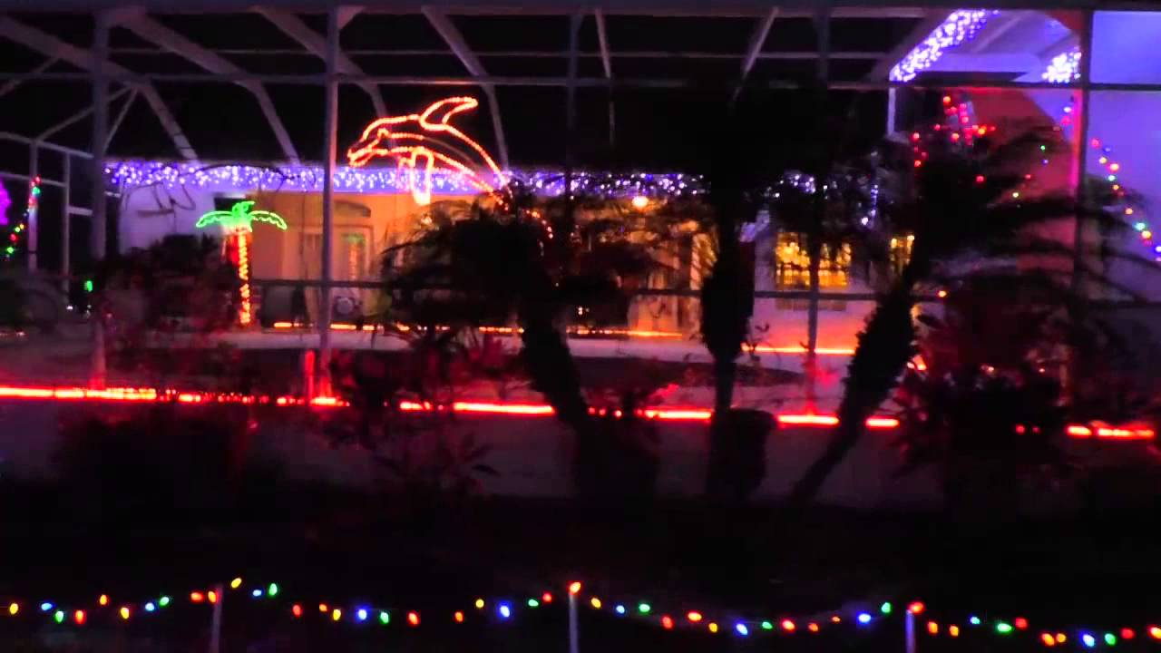 Christmas light display with 700,000 lights, lasers and ...