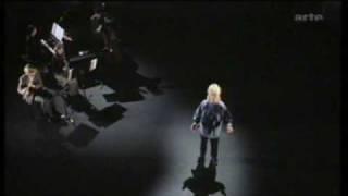 Hanns Eisler - Bertolt Brecht - Lob des Kommunismus- Carmen-Maja Antoni