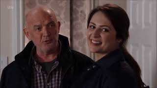 Coronation Street - Nicola Has An Ulterior Motive