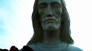 --MUST SEE MIRACLES!!  APPARITIONS!! AMAZING PHOTOS OF JESUS, MARY, ANGELS at Holy Love 2011