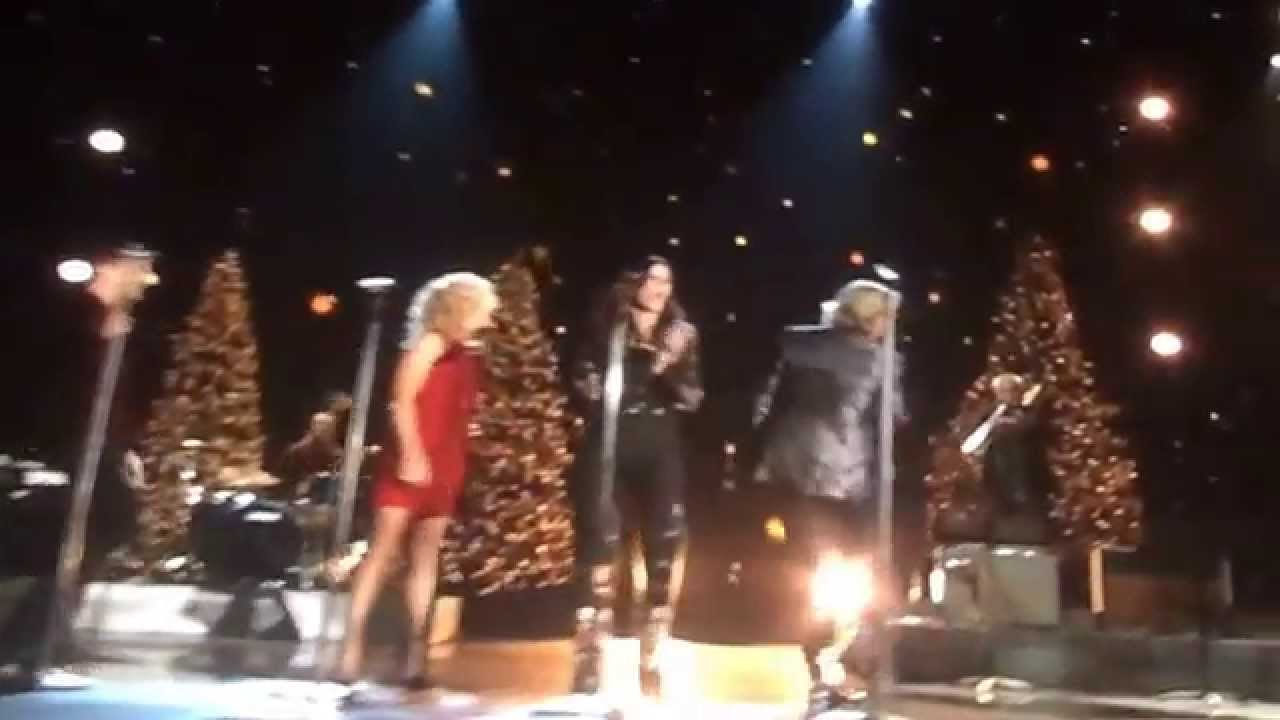 Little Big Town Live: I Pray on Christmas at CMA Country Christmas ...