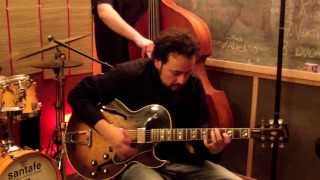 KENNY BURRELL - Chitlins con carne (David Regueiro Trio)