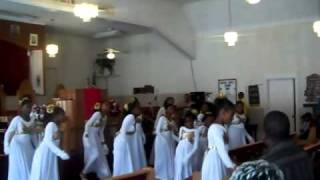 Cooling Water by The Williams Brothers Praise Dance