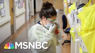 Atlanta Residents Who Live Above A Hospital Cheer Medical Workers | The 11th Hour | MSNBC