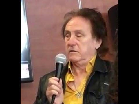 Denny Laine Interview/Q&A - Chicago - 5/14/16