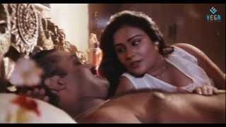Pudhiya Visaranai Movie : Renjini, Suresh Gopi Romantic Scene