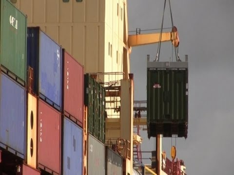Raw: US Ship Carrying Ebola Aid Reaches Liberia