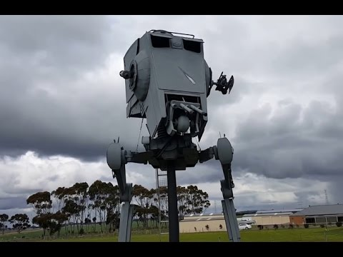 Electrician Finds Life Size Star Wars Vehicle In Client