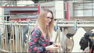 TractorFactor #3 - Magda poznaje wozy paszowe :D