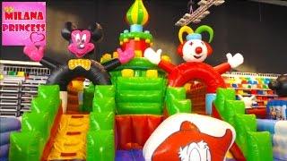 Детский Батутный парк Надувные горки и игры  GIANT Children park with inflatable slides and games(, 2016-01-15T14:30:00.000Z)