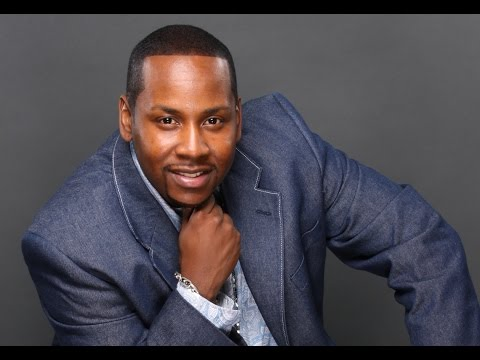 THROW YOUR HANDS UP - PASTOR ERIC SIMMONS By EydelyWorshipLivingGodChannel