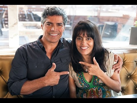 Esai Morales talks to Mar Yvette for Fox News Latino