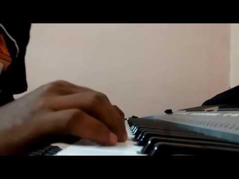 tholiprema background music on keyboard