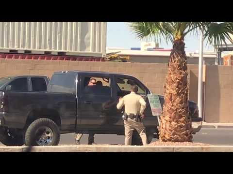 POLICE SHOOTING ALL ON TAPE EXCLUSIVE (GUN FIRE)