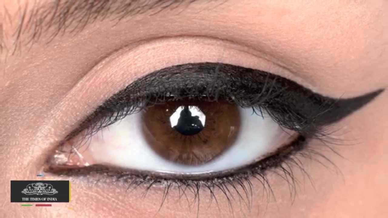 Navratri Special - Simple and Quick Eye MakeUp Tricks