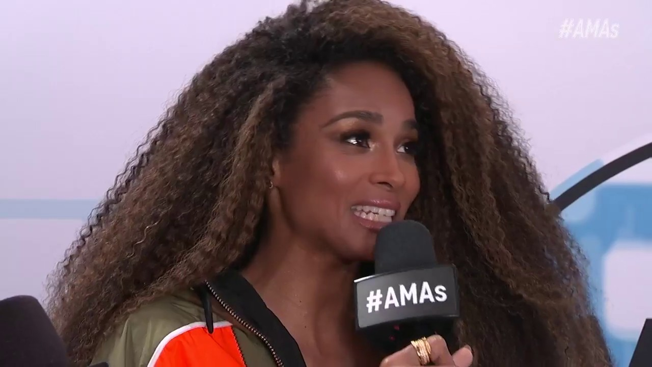 Ciara Red Carpet Interview - AMAs 2018