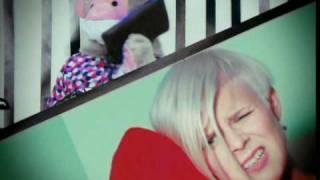 Смотреть клип Robyn - Konichiwa Bitches