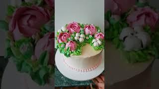 Торт с цветами из БЗК