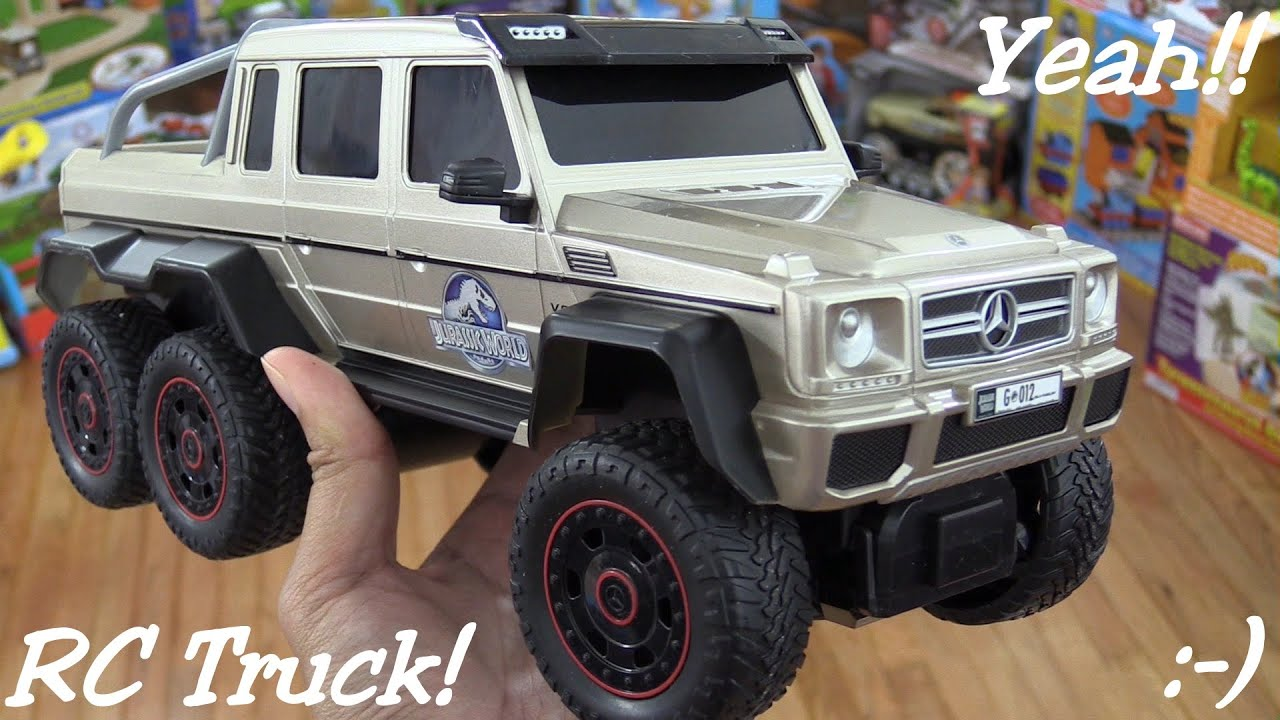 rc cars and dinosaurs jurassic world rc mercedes benz g 63 amg 6x6 unboxing playtime youtube. Black Bedroom Furniture Sets. Home Design Ideas