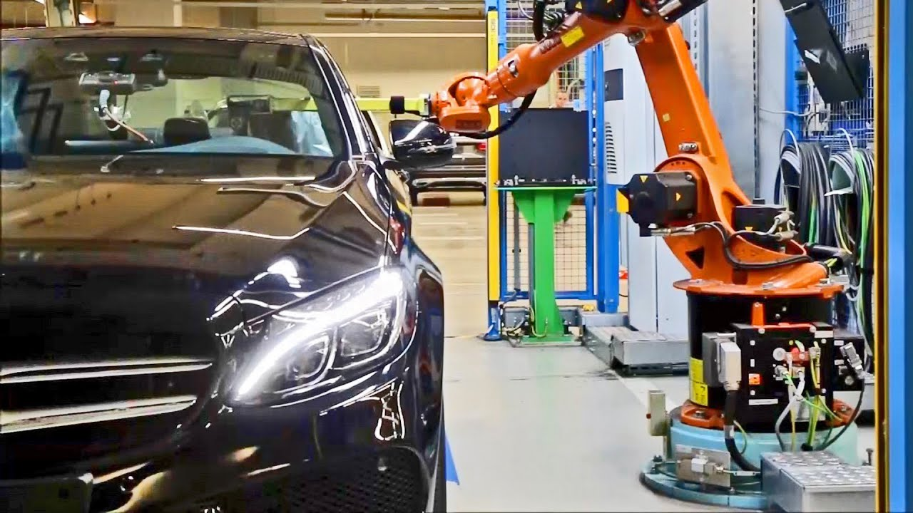 Car factory mercedes benz industrie 4 0 youtube for Mercedes benz usa factory