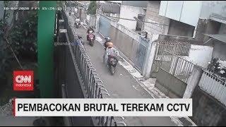 Pembacokan Brutal di Bandung Terekam CCTV