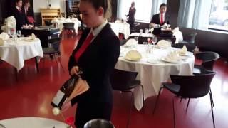 mannequin challenge au lycée d'hôtellerie et de tourisme de Guyancourt
