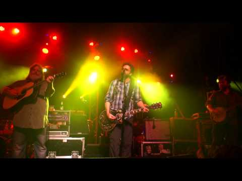 Leftover Salmon with Johnny Hickman performing