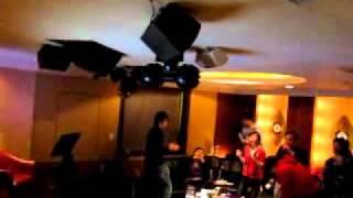 2010 聖誕趴 ---  含淚跳恰恰  Williams solo 台客版恰恰