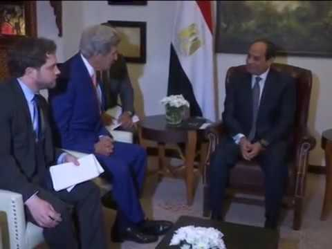 Egyptian presidential guard questioned John Kerry  if his phone have a camera