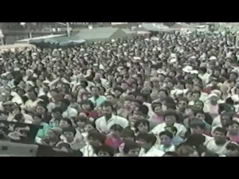 Polito Vega Presenta a Oscar De Leon video por Jose Rivera 1980