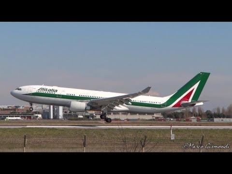 Alitalia A330-203 landing at Rome from Abu Dhabi