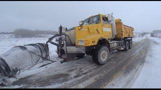 Western Star Plowing Snow