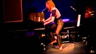 Tori Amos Philly 2 May 1996 Blood Roses