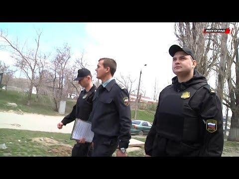 Приставы арестовали водопроводную сеть у управляющей компании