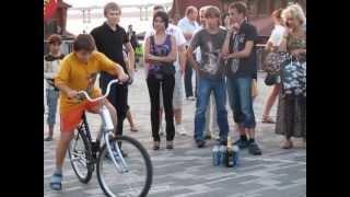 Пьяный велосипед набережная Днепропетровска(, 2013-07-17T16:25:26.000Z)