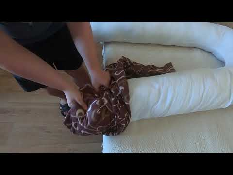 Как надеть наволочку на подушку для беременных
