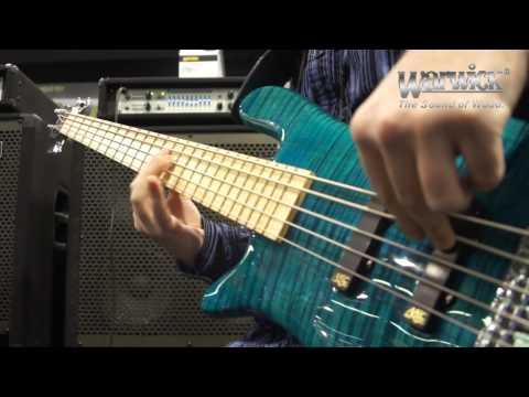 Warwick @ NAMM 2013 - Mike Zabrin and his Streamer LX