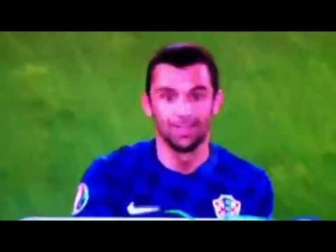 Daniel Subasic saves penalty Croatia-Spain 2:1