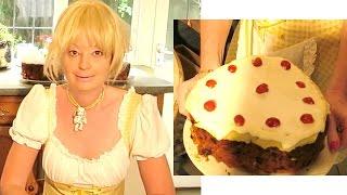Who Wants The Cake!? How To Make A Fruit Cake - How To Bake A Christmas Cake