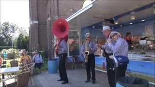Docter Jazz The Fox dixie streetparders