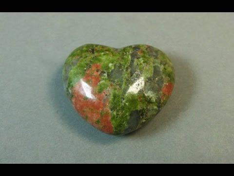Унакит Свойства камня