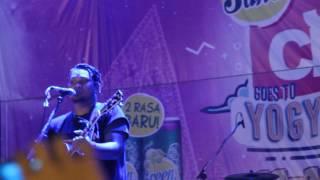 Video Virgoun Last Child - Surat Cinta Untuk Starla (Live Jakcloth Yogyakarta 2017) download MP3, 3GP, MP4, WEBM, AVI, FLV Agustus 2018