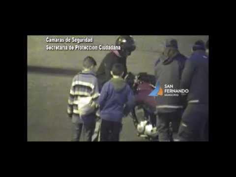 San Fernando   Choque moto contra auto