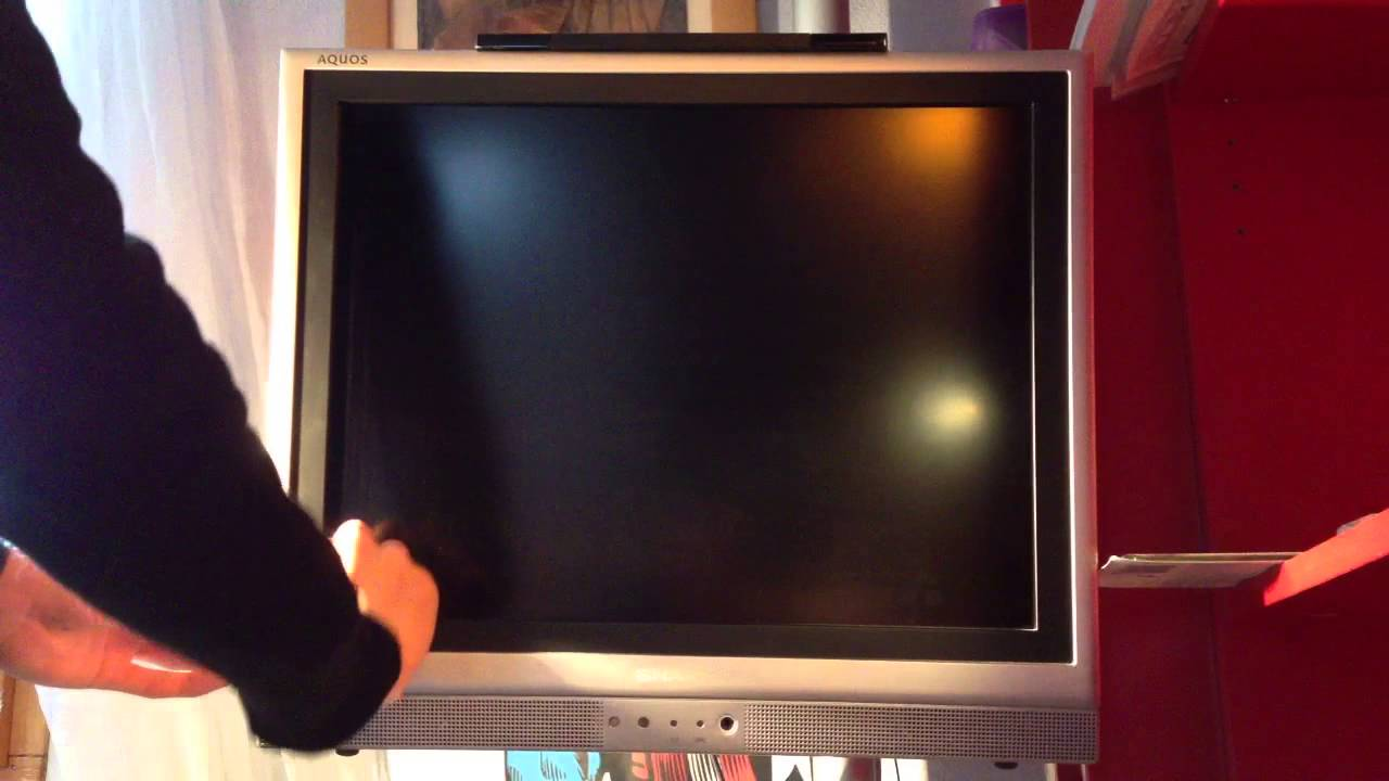 nettoyer un cran de t l vision bien nettoyer sa tv. Black Bedroom Furniture Sets. Home Design Ideas