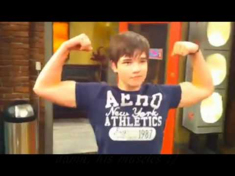 Image Gallery nathan kress biceps