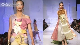 Jogja Fashion Week 2012 ft Maria Selena and Top Indonesian Designers | FashionTV ASIA Thumbnail